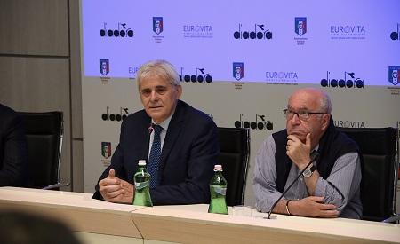 Buffon respinge la Var, Juventus ok con il Cagliari